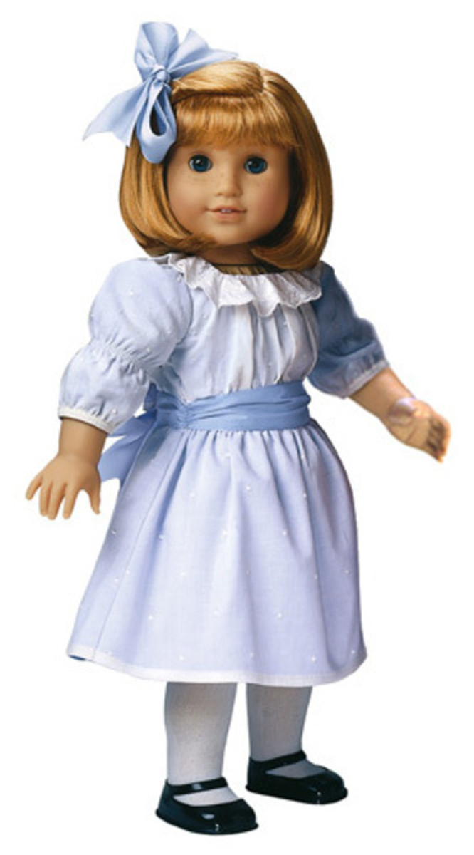 A Nellie doll dressed in her Meet Outfit