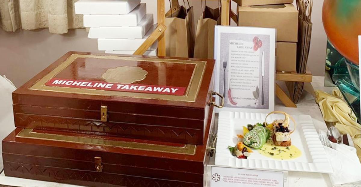 takeaway-unboxing-food