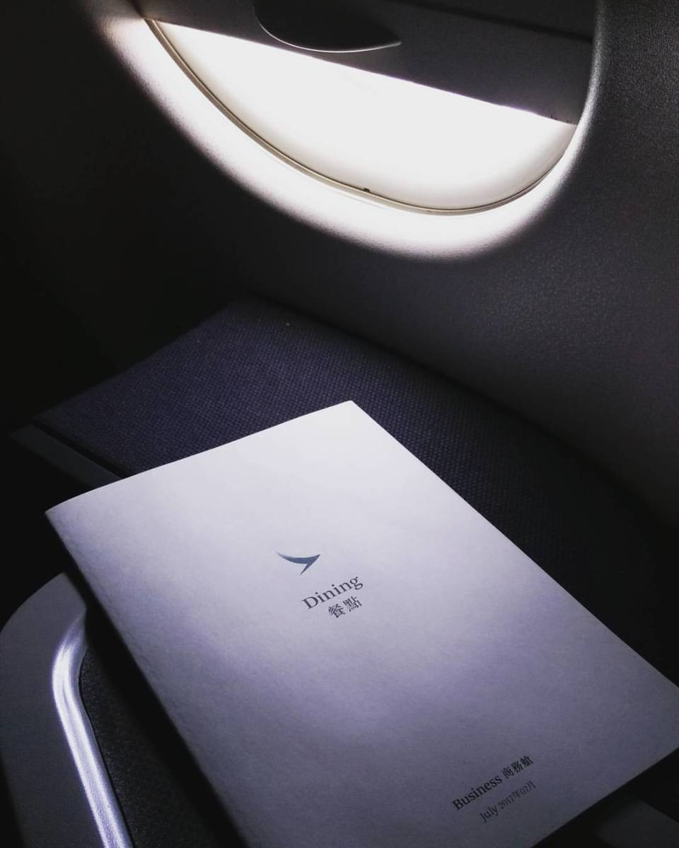 why-do-airlines-always-overbook-their-flight