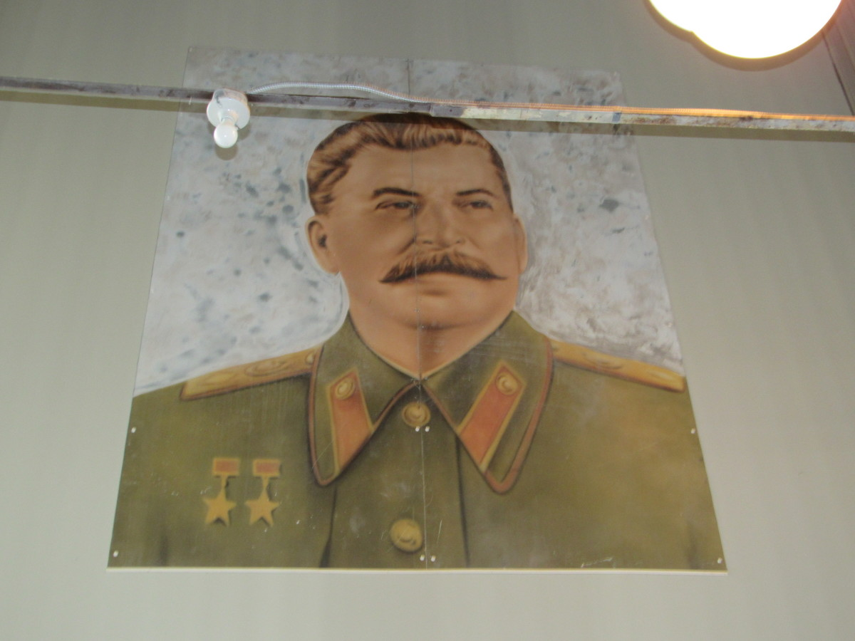Portrait of Joseph Stalin which appeared in Air Force One