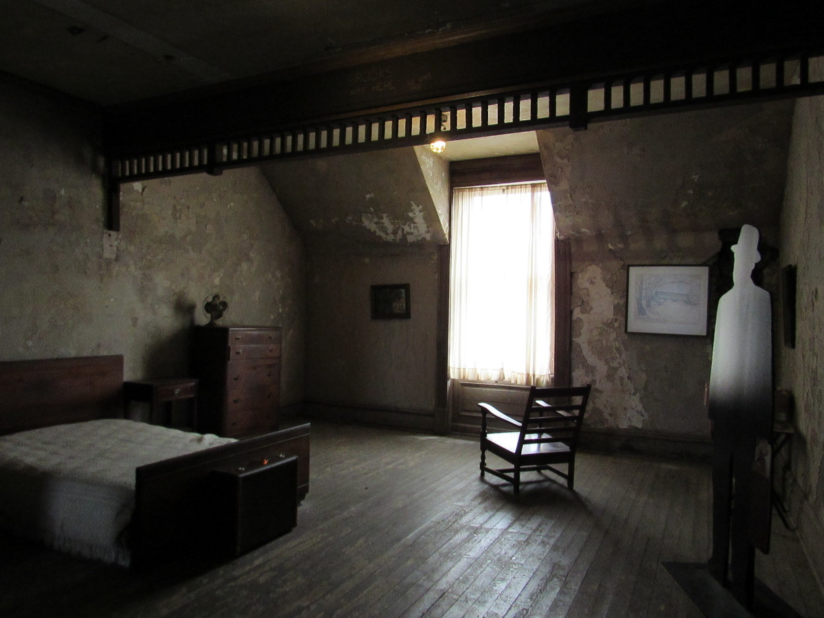 Brooks' boarding house room from The Shawshank Redemption