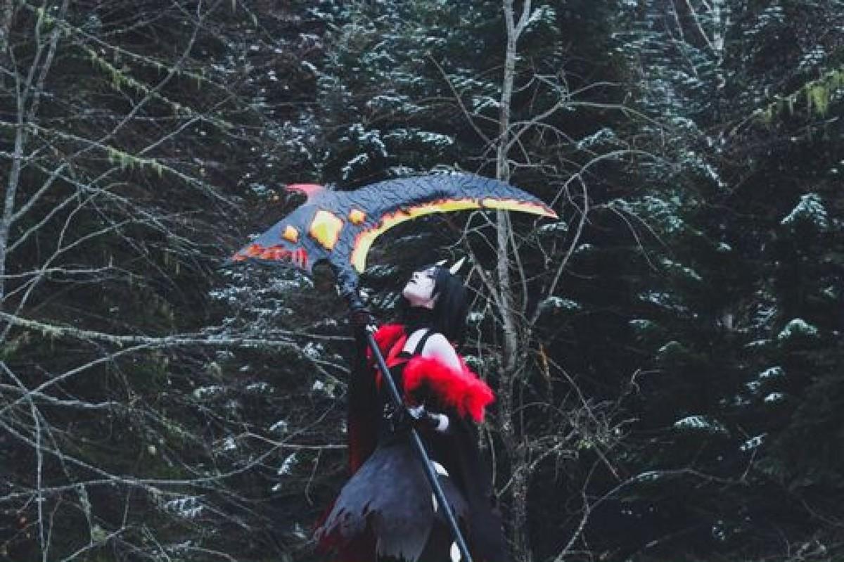 Eli's cosplay of Grimm Ruby