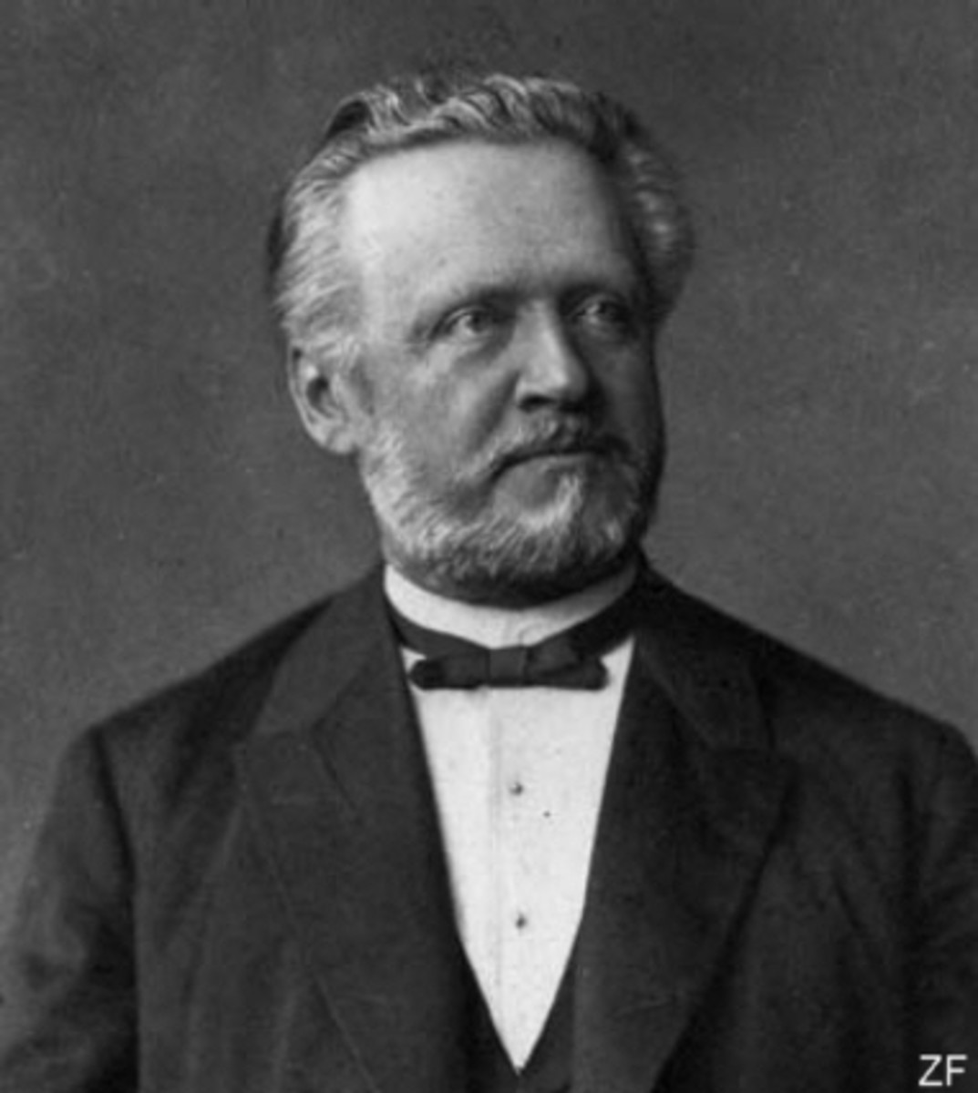 Simon Schwendener proposed the dual theory of lichens in 1867.