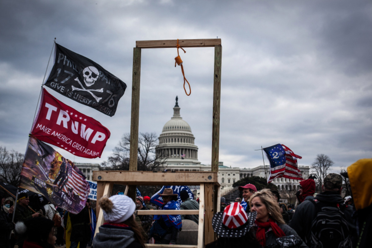 """The Gallow brought to the """"peaceful & loving people's rally according to Donald J Trump. As they chanted, """"hang Pence""""."""