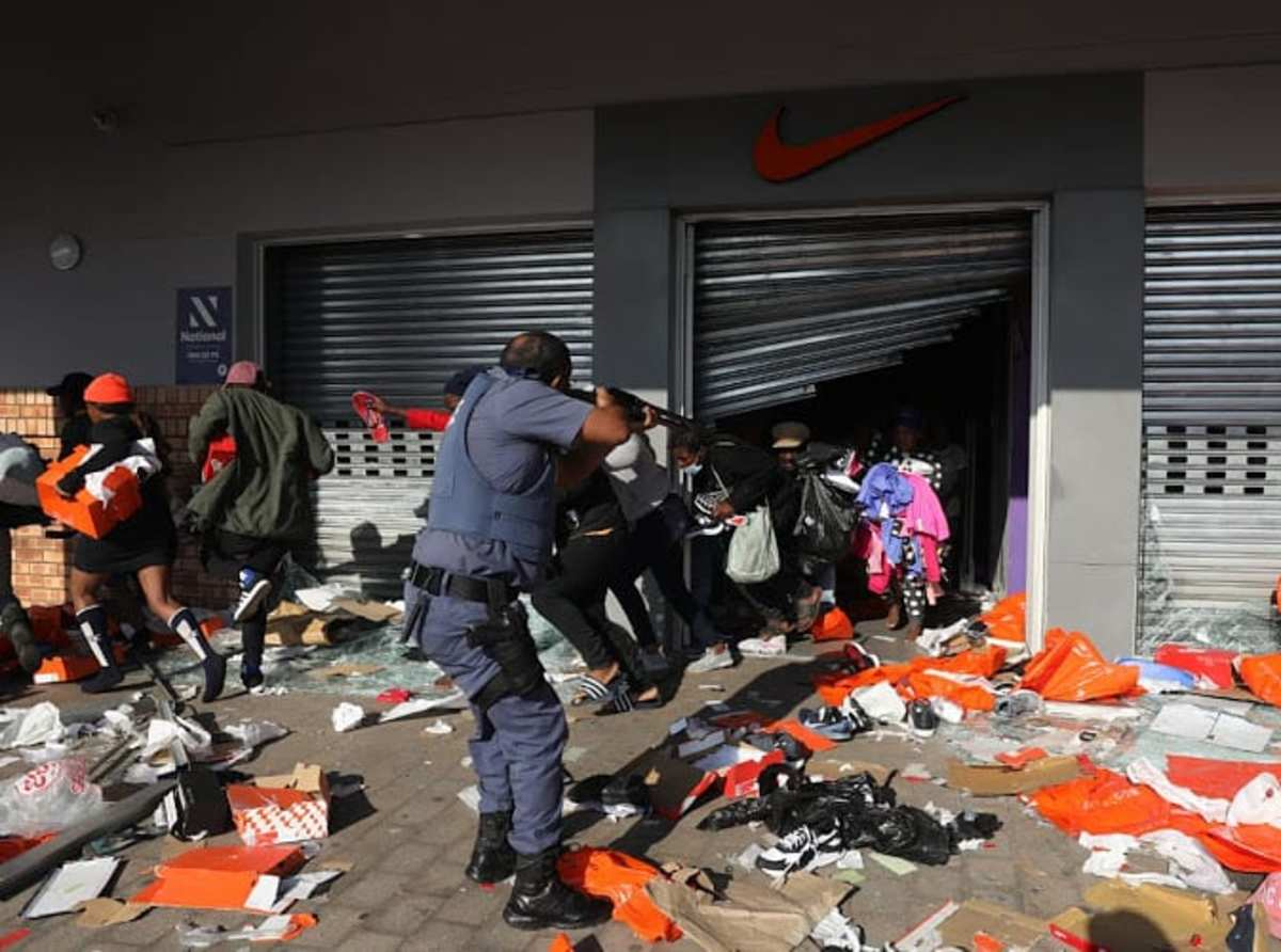 Police stopping looters