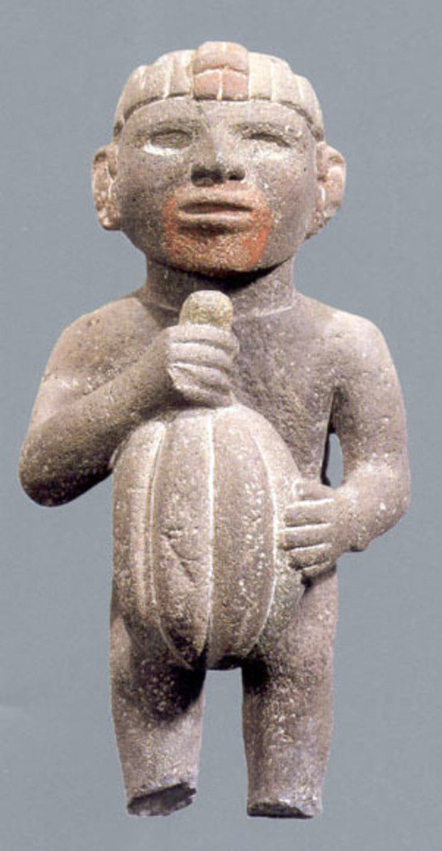 Aztec sculpture of man and cocoa - CC BY SA 3.0