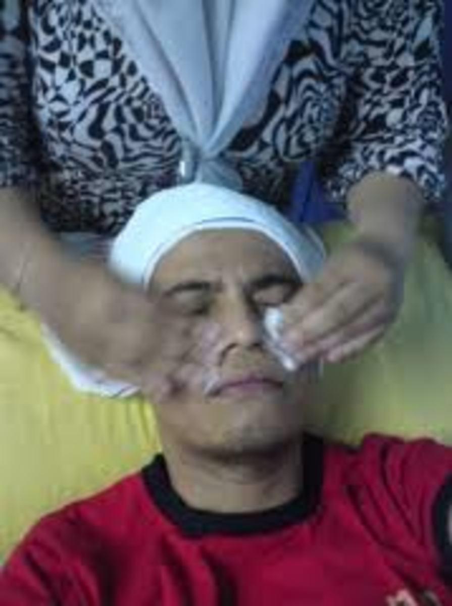 Facial Astringents Keep the Pores Clean.