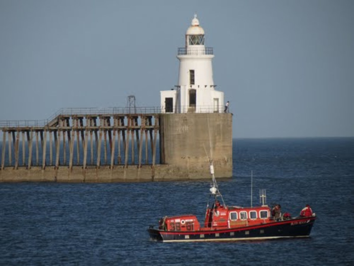 Blyth lifeboat and lighthouse on a calmer day