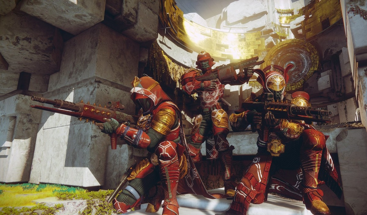 All 3 classes together, hunter up front. warlock to the left. Titan in the back