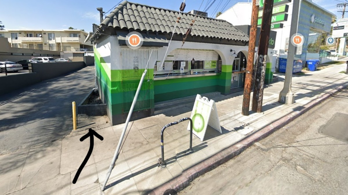 The hamburger stand today, now a Mexican Restaurant.  Phone booth had been on the left.