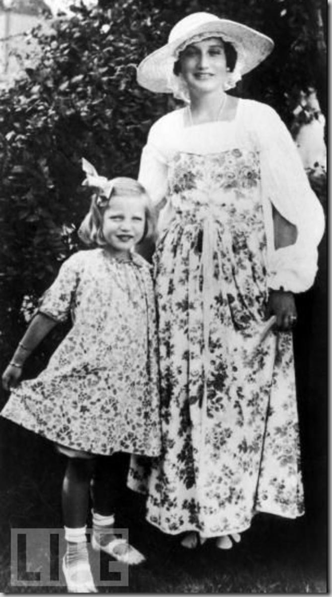 'Big Edie' and 'Little Edie;