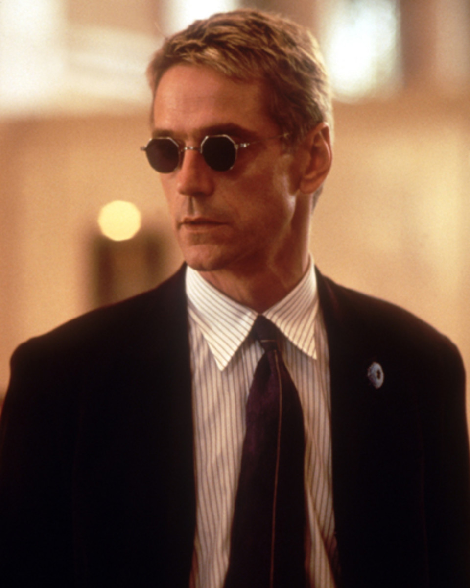 "Jeremy Irons crops up with a natty German accent in ""Die Hard With A Vengeance"""