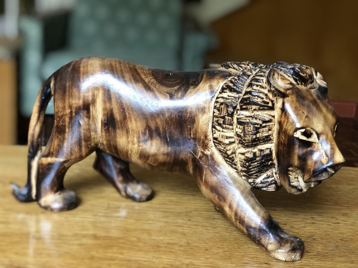 African Lion Sculpture