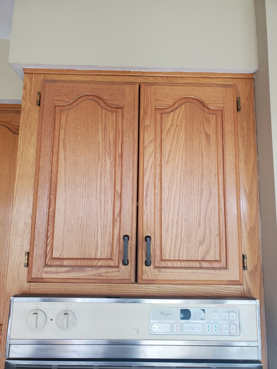 how-to-clean-kitchen-cabinets-before-painting
