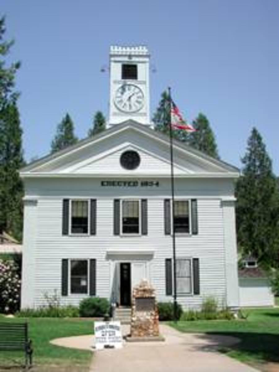 Mariposa County Courthouse, built in 1854. The old county courthouse survives from gold rush days and is still in use.