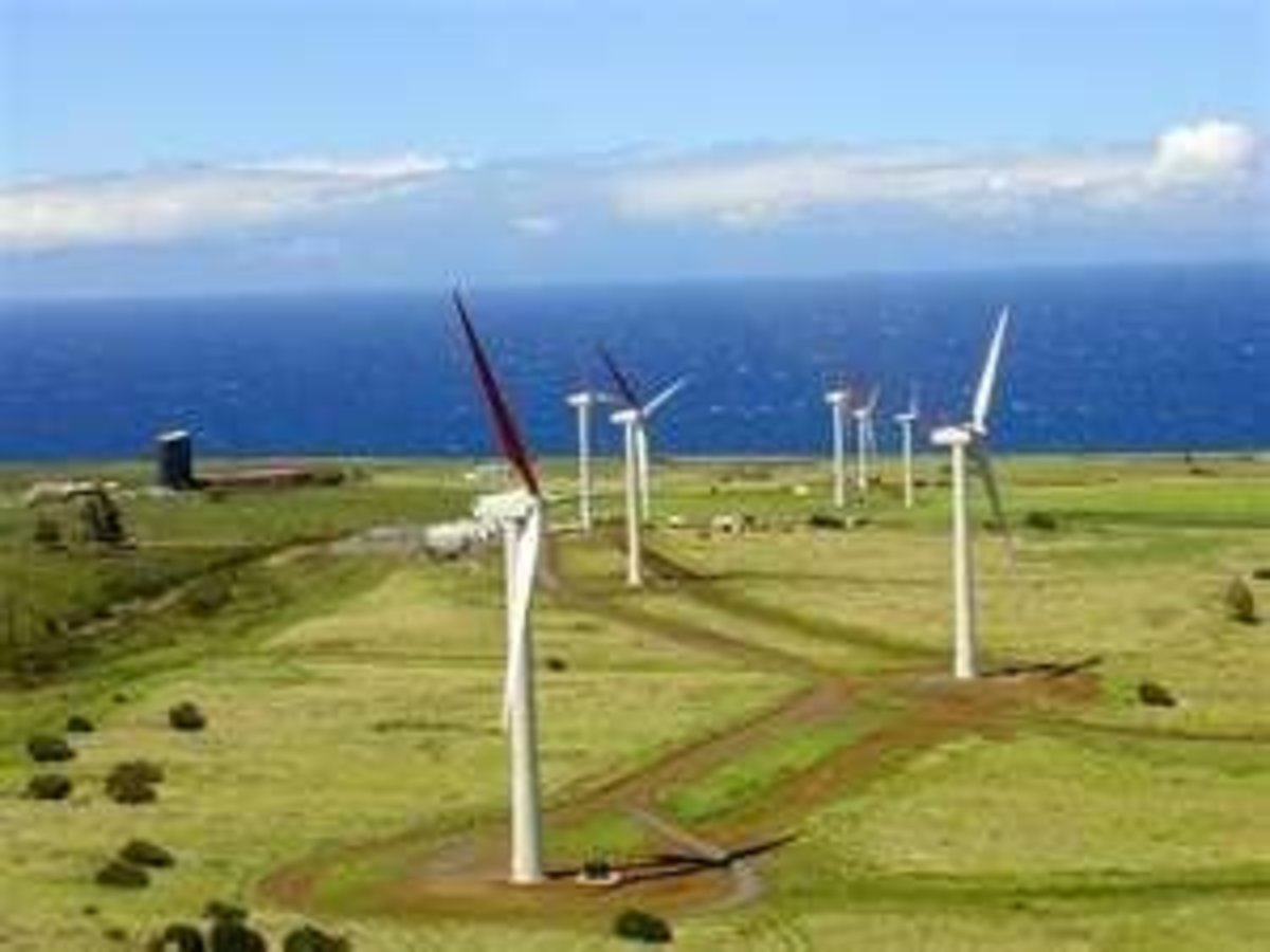 Oahu's Wind Towers Image Credit: http://www.renewablepowernews.com/