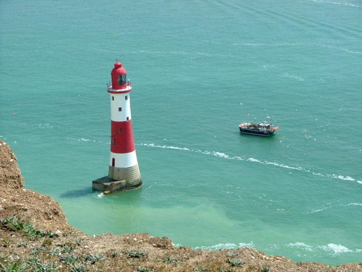 Beachy Head Light off the southern English coast