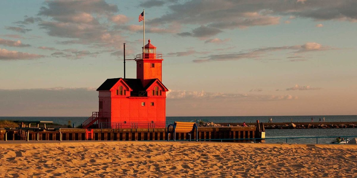 Big Red Lighthouse as sunset nears