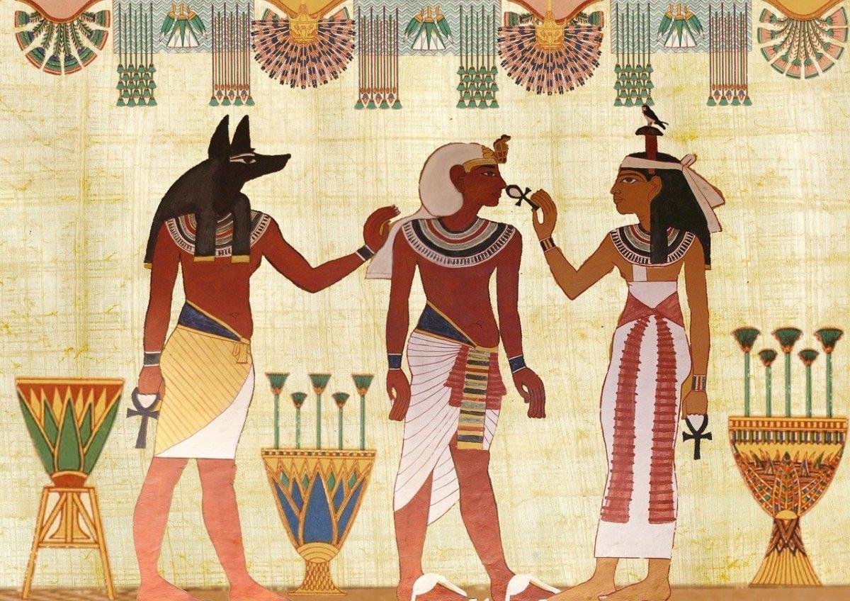 Anubis, Osiris, Isis.