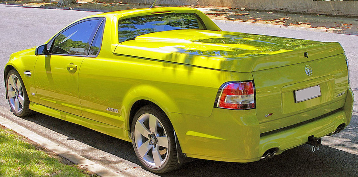 Holden VE Commodore SS Ute: By Bidgee (Own work) [CC BY 3.0 (http://creativecommons.org/licenses/by/3.0)], via Wikimedia Commons