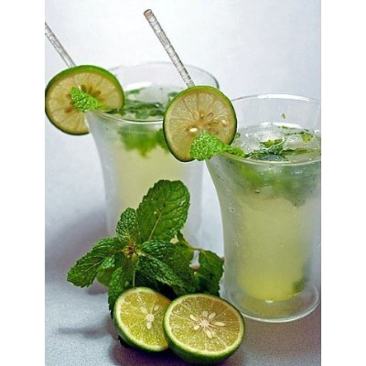 Mint served in drinks, cooling and refreshing in the summer.