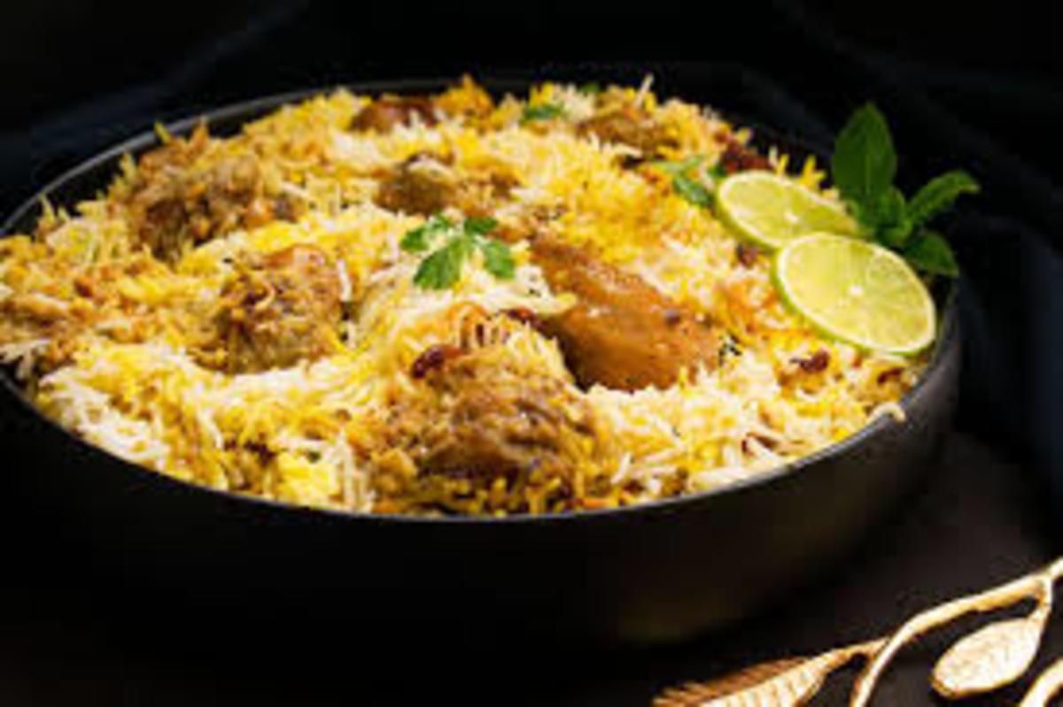 Mouth-watering biryani platter-seems yummy, doesn't it?