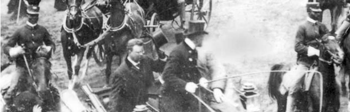 President Theodore Roosevelt visited San Francisco during May 12 -14, 1903. Captain Young led the troops that served as Roosevelt's escort.