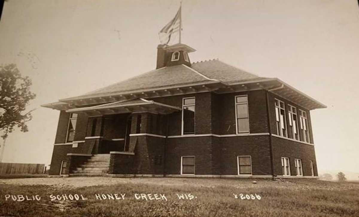 History of Honey Creek School in Walworth County Wisconsin