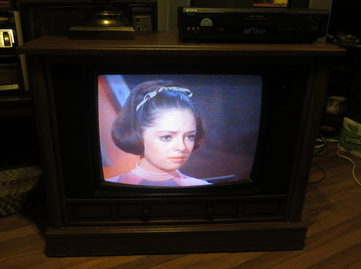 Angela Cartwright as Penny Robinson on the Crosley Color Television assembled in Greenville Tennessee. Model Number CC2546-P102.  Lost in Space (TV Series) Junkyard in Space (1968) Columbia House Collectors VHS tape.