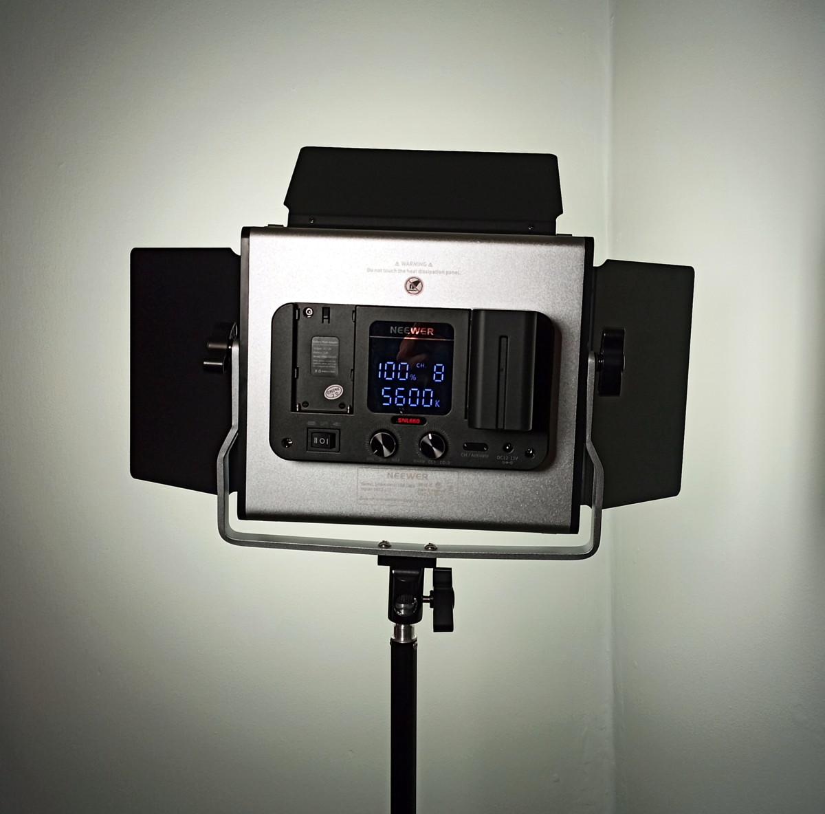 review-of-the-neewer-660-led-video-light-system