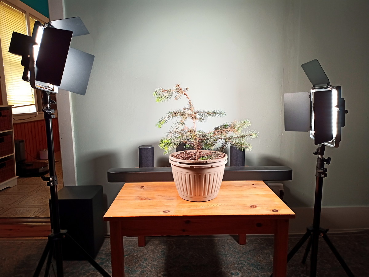The Neewer 660 Led Video Light System