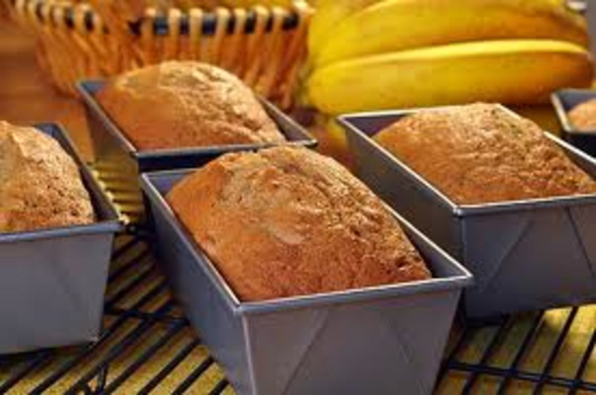 Ooey-gooey Simple Banana Bread Recipe