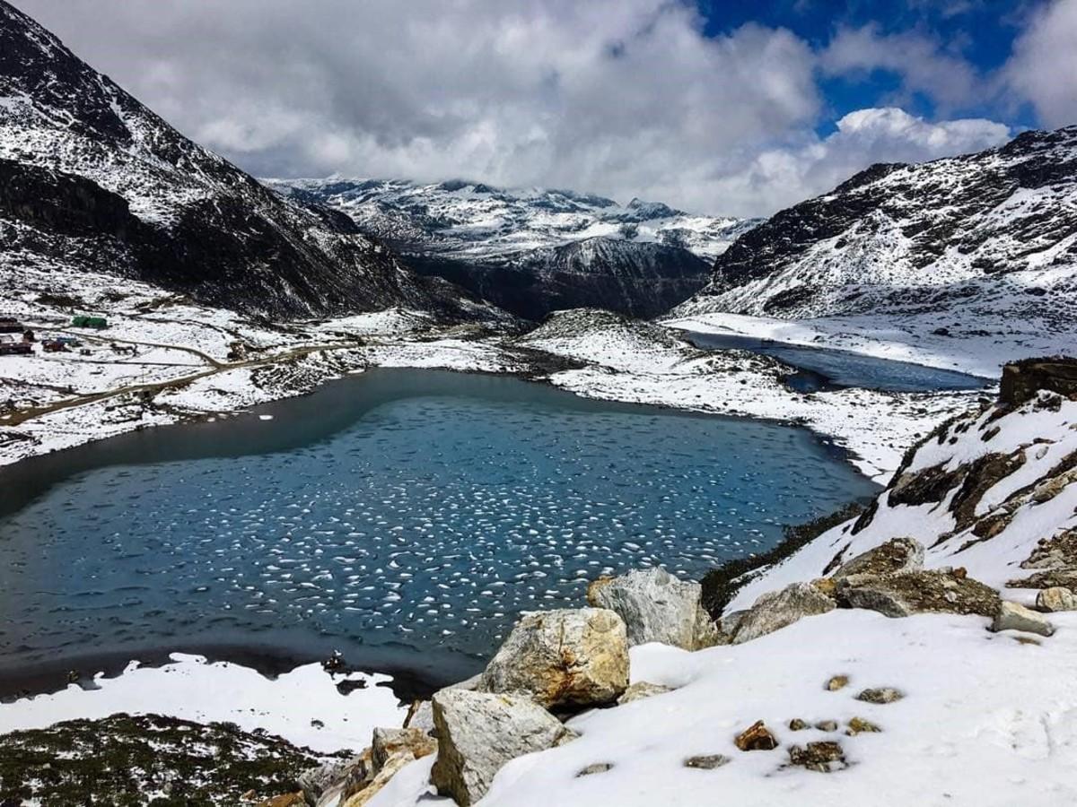 (Shonga-tser Lake)