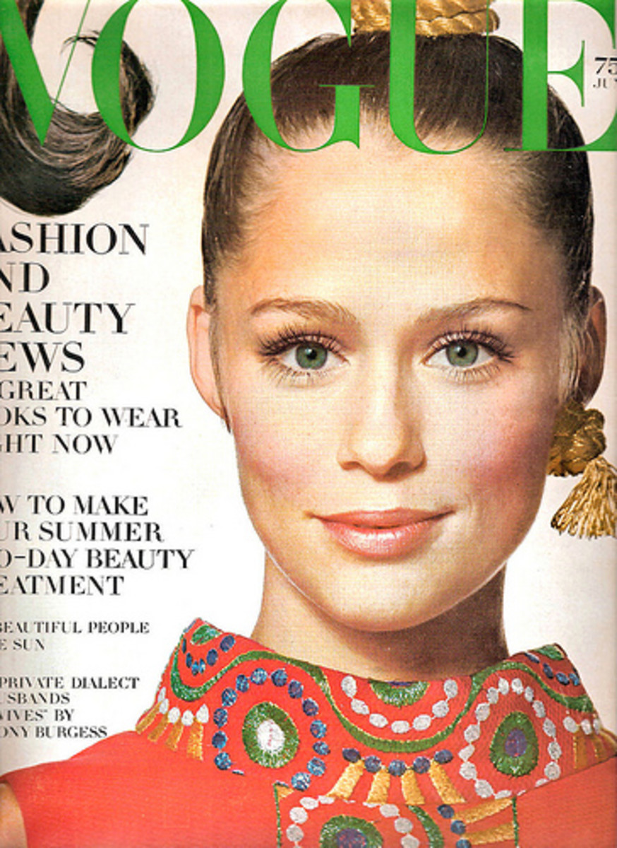 1968 cover of Vogue featuring Lauren Hutton, one of Vreeland's discoveries