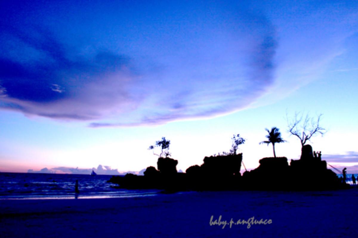 afternoon view of Boracay landmark