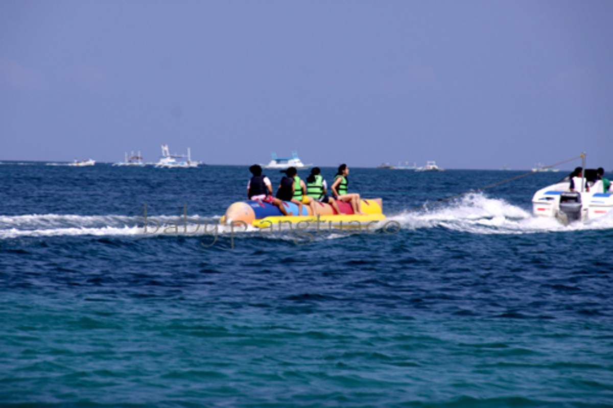 banana boat riding