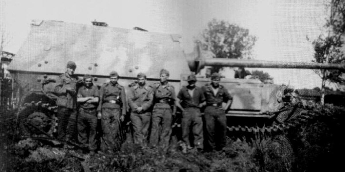 The crew of one. Did they survive the war? Most were not older than 20 yrs.