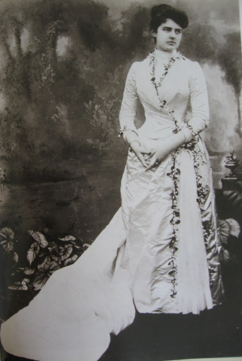 The lovely Frances Cleveland in her wedding dress