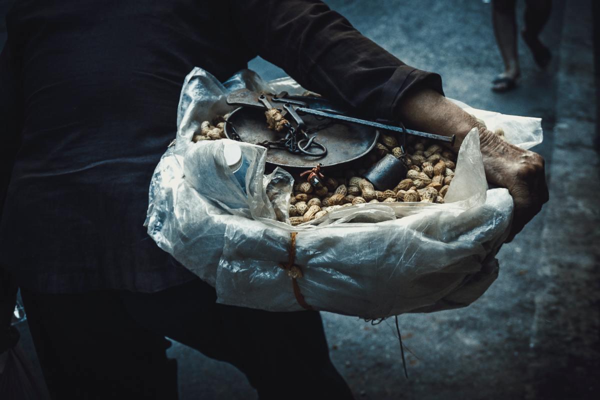 Hog Peanut Street Vendor