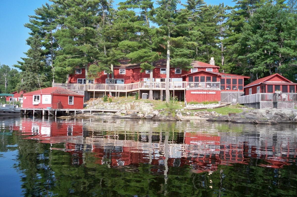 Arrowhead Lodge on Kabetogama Lake