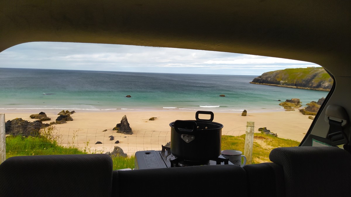 Nice backdrop for cooking a meal in Sango Bay, Durness.