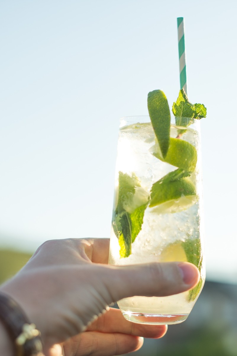 amazing-benefits-and-uses-of-aloe-vera-gel