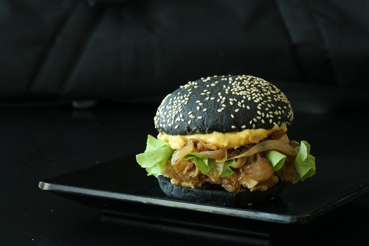 The black burger