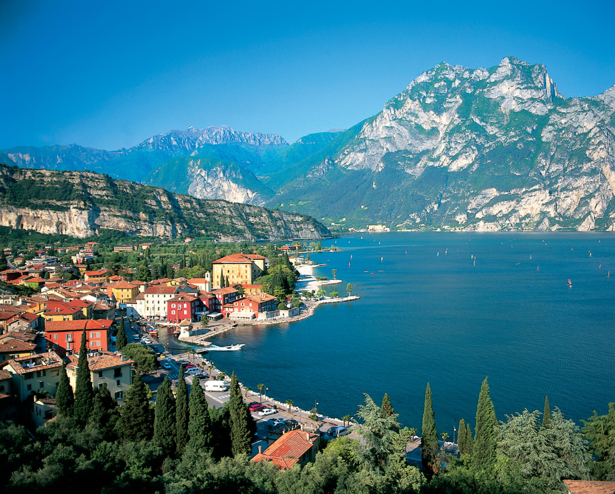 Natural beauty of Italy - Lake Garda