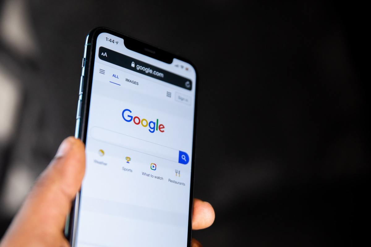 How to Sign out of One Google Account When Using Multiple Accounts on Phone