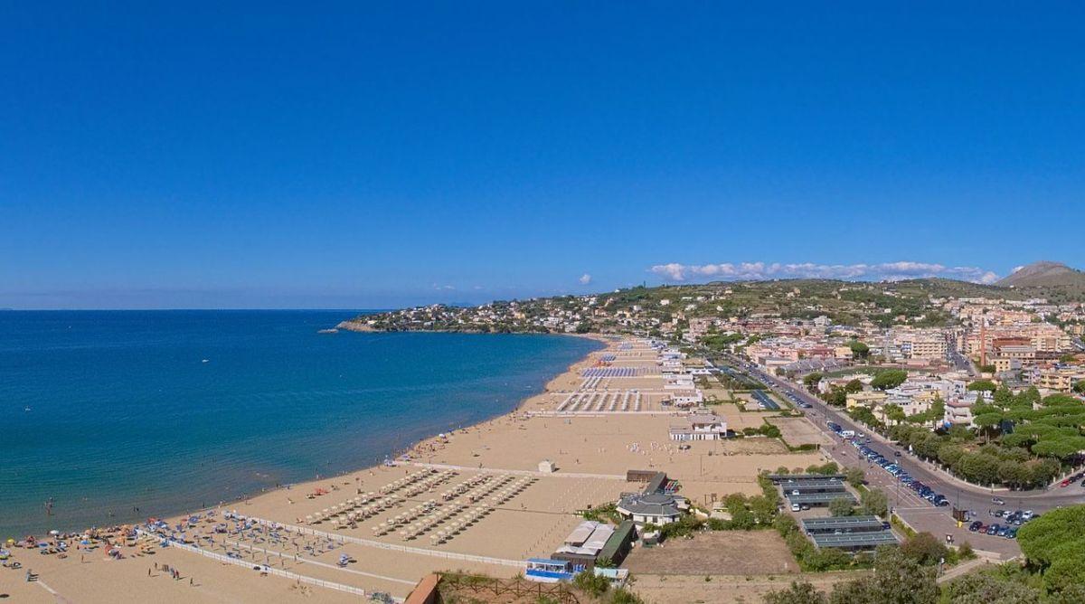 The infamous vast beaches of Gaeta make for fantastic walks.