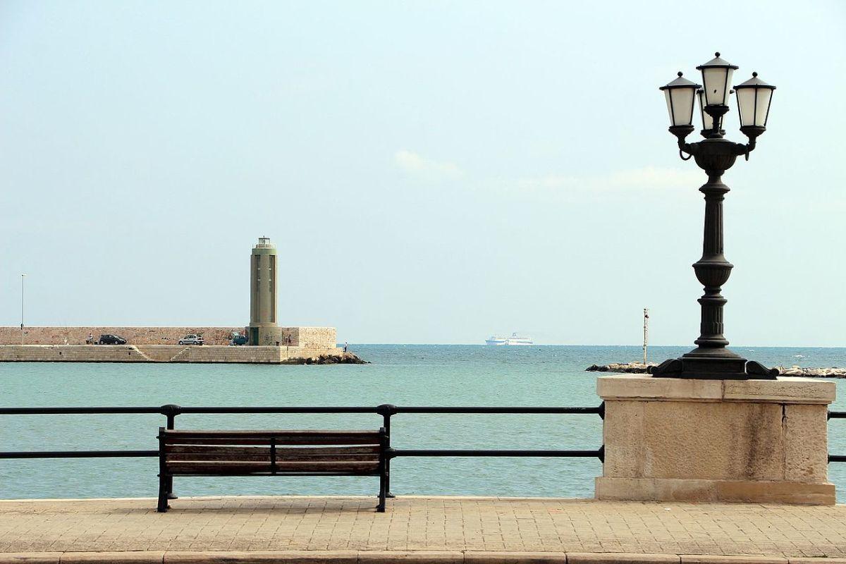Walk and relax down Bari's seafront promenade.