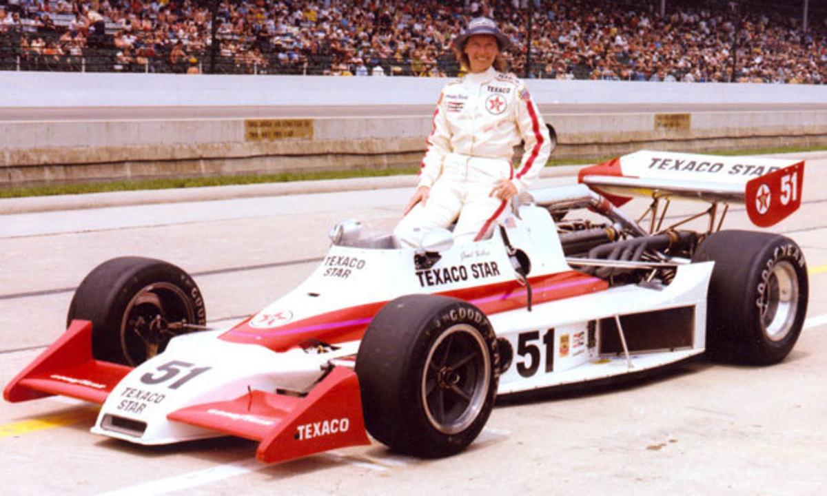 Janet Guthrie与她的Indy 500赛车