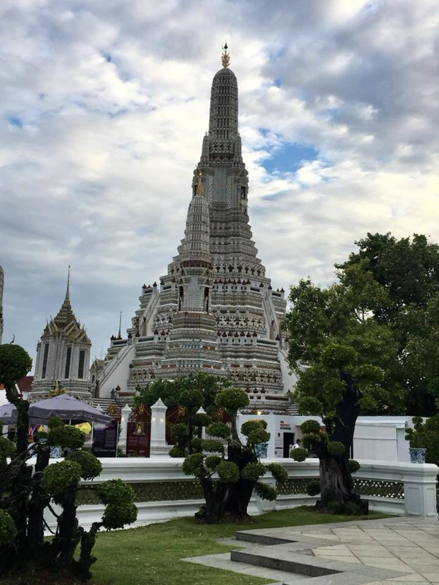 A Visit to the Wat Arun, the Temple of the Dawn in Bangkok, Thailand