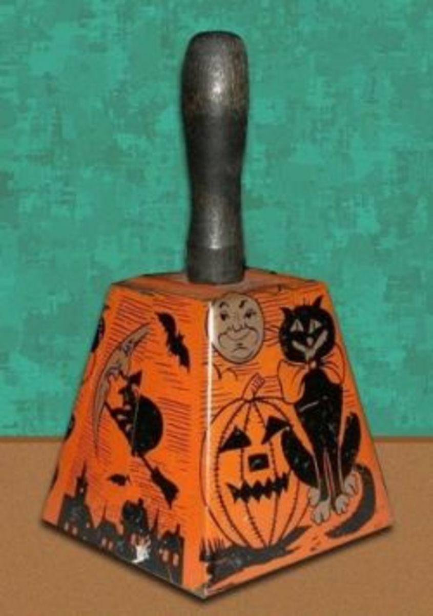 Halloween Vintage Bell Noisemaker